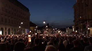 Crowds Gather in Warsaw to Protest Judicial Reforms - Video