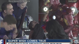 4-year-old eats breakfast with Iron Man in Las Vegas - Video