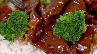 Slow Cooker Beef & Broccoli - Video
