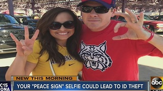 Your 'peace sign' selfie could lead to ID theft - Video