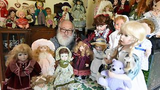 Doll house of horrors! Dad's haunted charity shop dolls give family the chills - Video