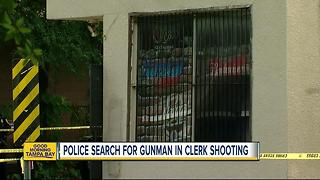 Clerk killed in Tampa store robbery - Video