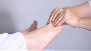 How to Cure a Headache By Using Reflexology - Video