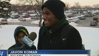 Students cope with cold temperatures - Video