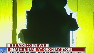Police investigating smash-and-grab at Detroit market - Video
