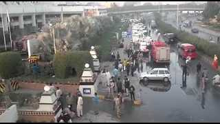 Hotel Guests Stranded After Deadly Fire Rips Through Karachi's Regent Hotel - Video