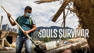 Finding bodies: One father's mission after the mudslide - Video
