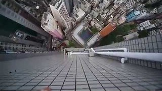 Daredevil Does Crazy Parkour Stunt On Skyscraper Ledges - Video