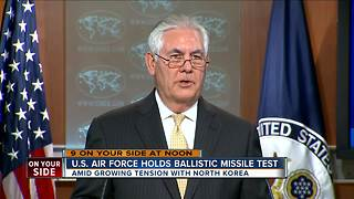 U.S. Air Force holds ballistic missile test - Video