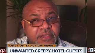 Man concerned after finding ants in Circus Circus hotel room - Video