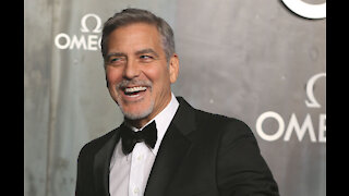 George Clooney once defecated in a litter tray to prank Richard Kind