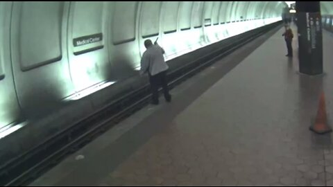 Good Samaritans rescue blind man who had fallen onto subway tracks