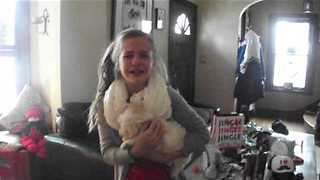 Kids Get Hysterical Over Surprise Christmas Puppy - Video