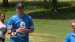 Lions QB encourages kids to be active - Video