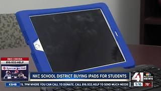 North Kansas City School District buys 15,000 iPads for students - Video