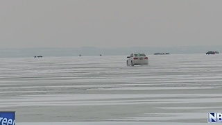 Heading Outdoors: navigating the ice road on Lake Winnebago - Video