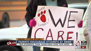 SMNW parents show support after 2 student deaths - Video