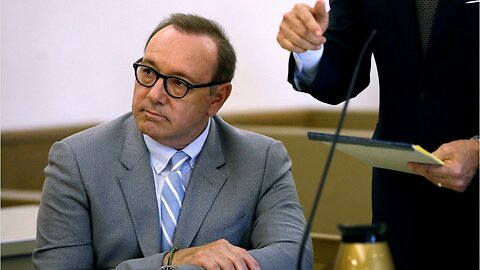 """Kevin Spacey's alleged victim sues him over """"sexual behavior"""""""