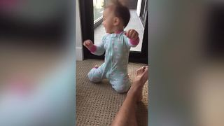 This Baby Girl Loves Blow Dryer - Video