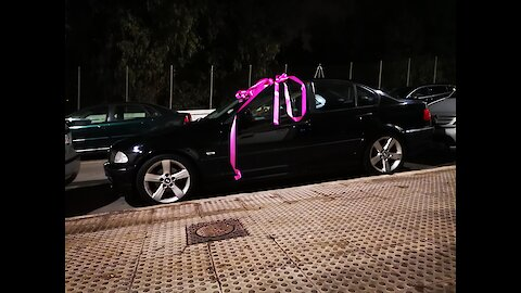 I give a bmw to my girlfriend at Christmas