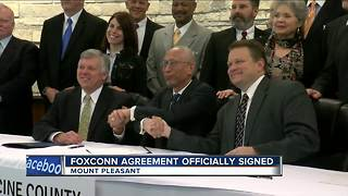 Foxconn, Racine County officials sign development agreement - Video