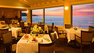 Top 3 Restaurants with a View Across America - Video
