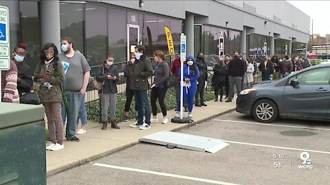 Long lines, record-breaking voter turnout across the Tri-State