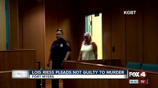 Lois Riess pleads not guilty - Video
