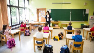 France records 70 new COVID-19 cases after reopening schools
