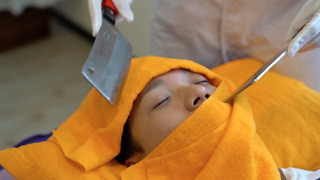 Ancient Art Of Knife Massage Helps Taiwanese Stay Sharp - Video