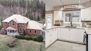 This Massive Ontario Home Is Selling For Under $530K & Has Too Much Space To Handle