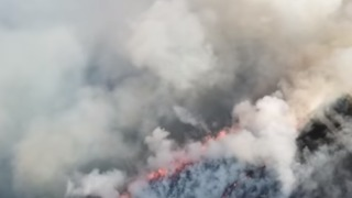 Soldiers Arrive to Help Fight Saddleworth Moor Fire - Video