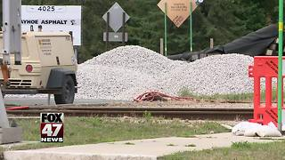 Holt Road at railroad west of Depot Street to be closed next week - Video