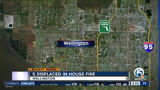 Fires displace residents in Boynton Beach, Wellington - Video