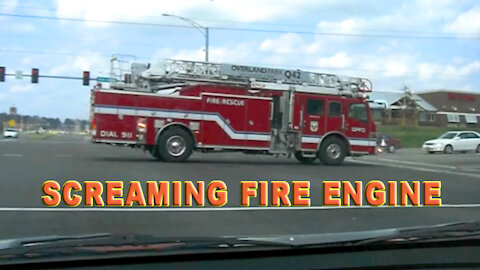 Screaming Fire Engine