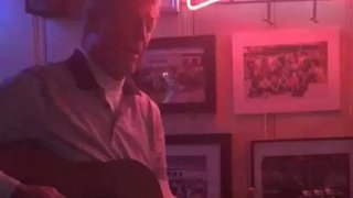 Tennessee Titans Coach Dick LeBeau Moonlights as Dive Bar Performer in Nashville - Video