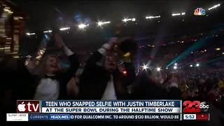 Selfie Kid Steals Justin Timberlake's Show - Video