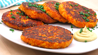 How to make tasty pumpkin fritters - Video