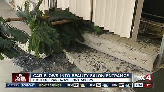 Car plows into beauty salon in Fort Myers - Video