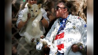 Roy Horn, of Siegfried & Roy, passes away of complications from COVID-19