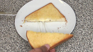 How to: Grilled Cheese Sandwich in the Air Fryer Oven