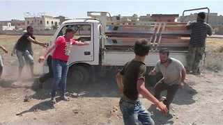 Airstrikes on Village North of Homs Kill at Least 3 Civilians, Reports Say - Video