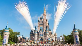 Bidding War For 21st Century Fox Continues — Disney Offers $71.3B - Video
