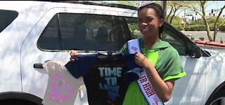 Las Vegas teen raises more than $12K, donates PJs to foster kids in need