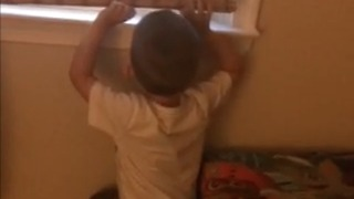 Sneaky Mom catches toddler off guard  - Video