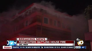 2 people displaced by Del Mar house fire