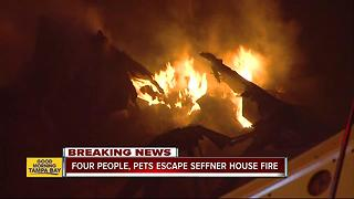 Fire destroys large Seffner house - Video