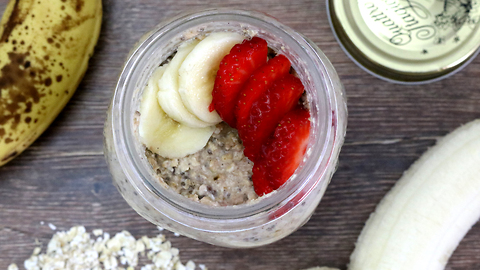 How to make delicious overnight banana oats