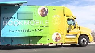 Digital Bookmobile makes stop at Windmill Library - Video