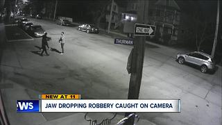 Jaw-dropping armed robbery in Tremont caught on camera - Video